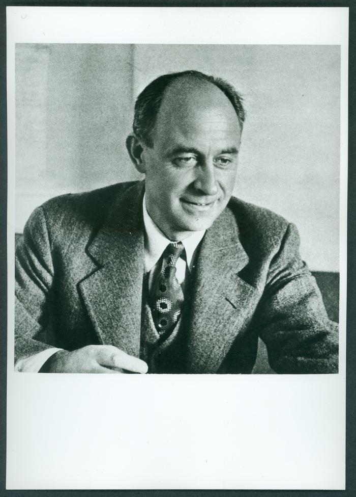 La foto di Enrico Fermi allegata alla pubblicazione